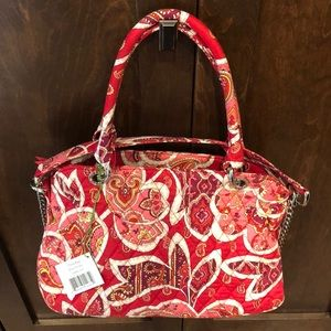 **Price Drop**NEW Vera Bradley Chain Bag